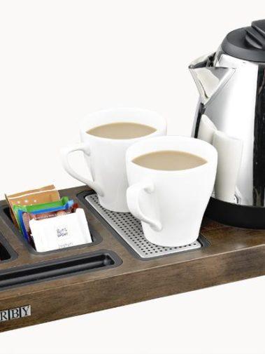 Tablett und Wasserkocher CORBY - dunkles Holz